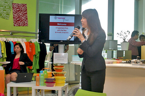 Christine Wong from Tupperware brands introducing the wares