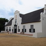 "Groot Constantia <a style=""margin-left:10px; font-size:0.8em;"" href=""http://www.flickr.com/photos/14315427@N00/6270525290/"" target=""_blank"">@flickr</a>"