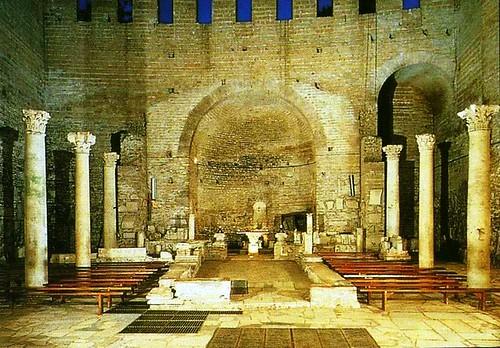 Iglesia en las catacumbas de Domitilla