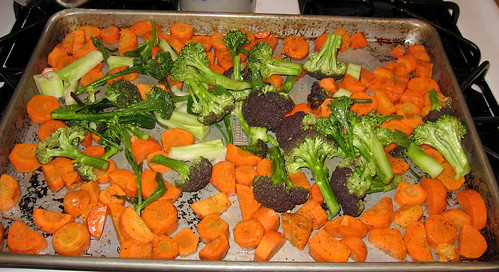Carrots and broccoli for roasting