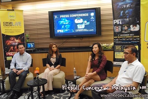 Pitbull Malaysia 2011 Press con