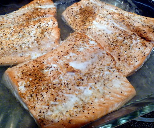 Salmon Baked in White Wine