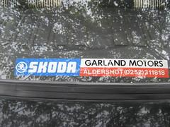 MARCH 1990 SKODA 136 RAPID 1289cc G320EPE (Midlands Vehicle Photographer.) Tags: march sticker garland motors decal rapid 1990 136 skoda aldershot dealers 0252 1289cc g320epe 311818