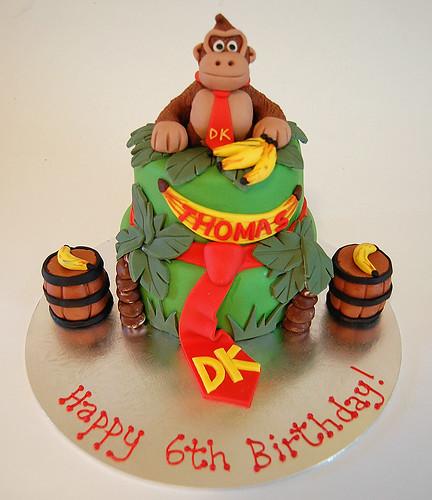 Wondrous Donkey Kong Cake Beautiful Birthday Cakes Funny Birthday Cards Online Amentibdeldamsfinfo