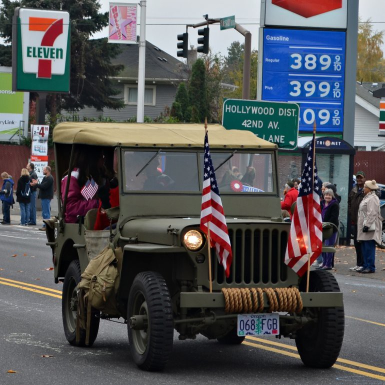 DSC_0027p_veterans_day_parade_jeep
