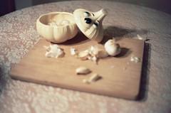 (royal.futura) Tags: stilllife 35mm lace rangefinder garlic softfocus cuttingboard shallowdepthoffield yashicaelectro shallowfocus colorfilm lacetablecloth mutedtones yashicaelecro35gsn