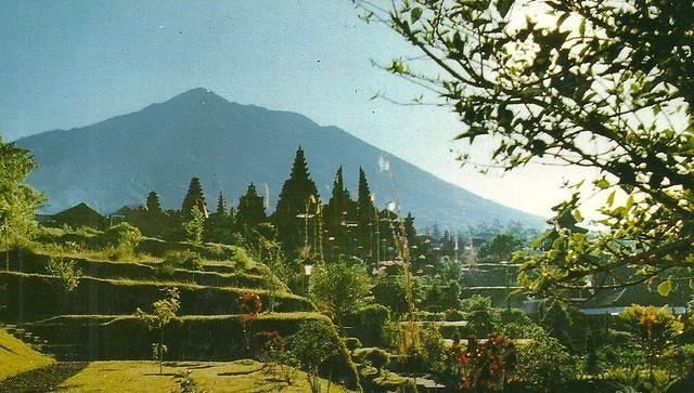Bali, 1987