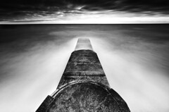 The Void (simon.anderson) Tags: uk longexposure sea sky blackandwhite seascape water clouds sussex mono pier nikon brighton moody jetty horizon tripod dramatic sigma le seafront southcoast 1020 eastsussex manfrotto cablerelease 2011 brightonmarina simonanderson d300s 121seconds