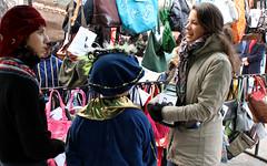 IMG_0664 (stichtingzwerfjongerennederland) Tags: amsterdam vintage tassen mania dedam bdo consultants goededoel dakloos tweedehands thuisloos gekte fondsenwerving zwerfjongeren