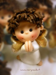 angelpaolapaul.picniked (marytempesta) Tags: angels weddingcaketoppers fimoangels polymerclayweddingcaketoppers angeliconalifluorescenti angelifattiamano angelswithfluorescentwings
