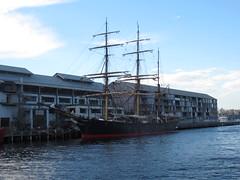 IMG_2212 (vyushchenko) Tags: ferry sydney australia cbd pyrmont