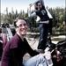 Les heureuses assistantes à la caméraNatasha Lemay: 2ème assistante et Julie Tassé l'heureuse apprentie à la caméra qui s'étire afin de porter tous les gros sacs...