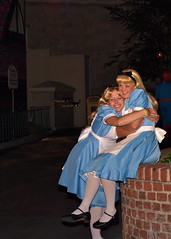 Alices Make up (the_wendy_bird) Tags: world party halloween hearts costume scary october cosplay alice disney queen mad walt edna incredibles hatter mickeys 2011 mnsshp