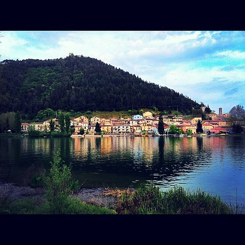 Piediluco #lake and #lakecity full of #reflections