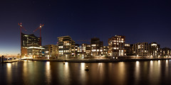 Hamburg Hafencity (al_hh286) Tags: city sky panorama night eos long exposure hamburg hafen