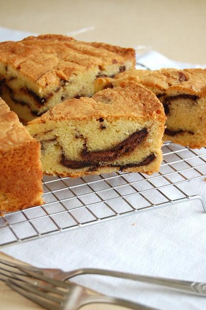 Nutella swirl pound cake / Bolo mármore com Nutella