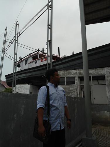 Kapal Diatas Atap