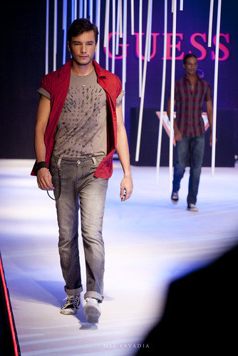 Guess USA: Philippine Fashion Week Spring Summer 2012