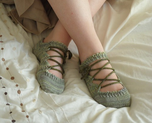 Merino tencel lace slippers laceup i-cord leaves toe-up Elven Slippers pattern by Joy Gerhardt