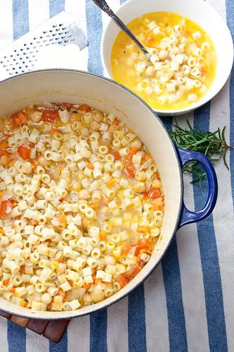 and v e g e tabl e soup giada s pasta e ceci soup chick pea soup ...