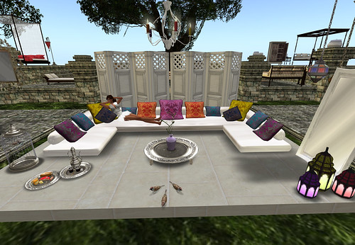 Akhdar Floor Sofa 22 prims * Demask, 400 lindens by Cherokeeh Asteria