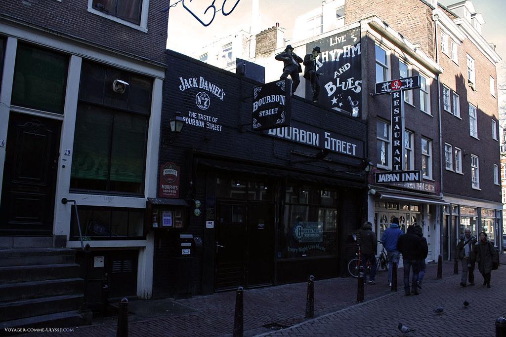 Le Bourbon Street, juste à coté du Japan Inn