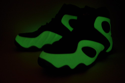 "Nike Zoom Rookie LWP ""Glow in the dark"""