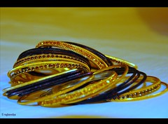 Bangle Designs (raghavvidya) Tags: girl gold women indian marriage designs bangle bangles raghavvidya