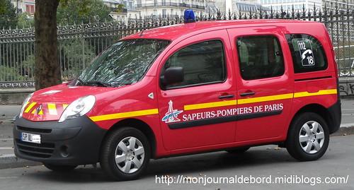 Véhicule Sapeurs Pompiers de Paris 1