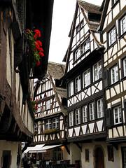 photo - La Petite France, Strasbourg (Jassy-50) Tags: street france architecture restaurant photo unescoworldheritagesite unesco worldheritagesite strasbourg alsace lapetitefrance unescoworldheritage halftimbered worldheritage hcc whs maisondestanneurs lohkas francegermany2011 restaurantmaisondestanneurs lohkasrestaurant