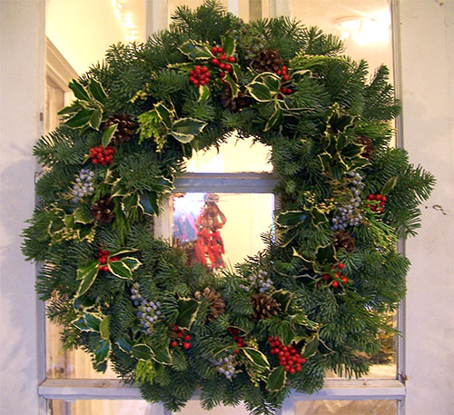 Noble Wreath with Holly
