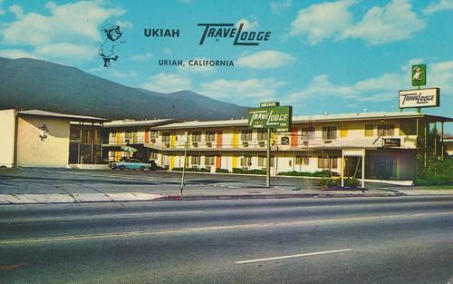california vintage postcard motel travelodge ukiah sleepybear
