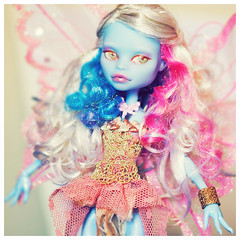 Spel, all done! (Hiritai) Tags: abbey monster high fairy custom customised repaint repainted bominable