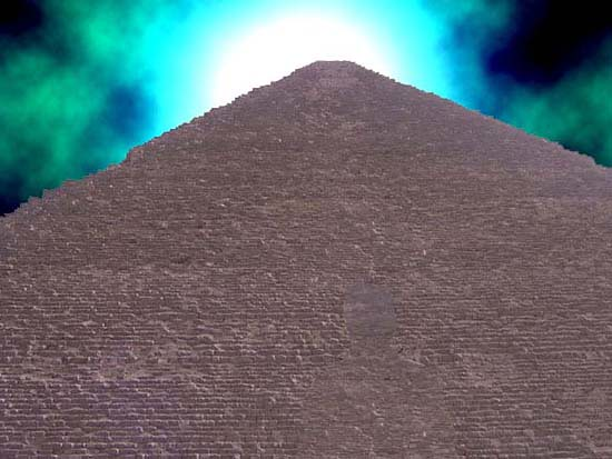 Khufu Pyramid 2 Monmajhi