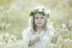 field of angels (nikaa) Tags: autumn innocence pure angelic heavenly childrenportrait