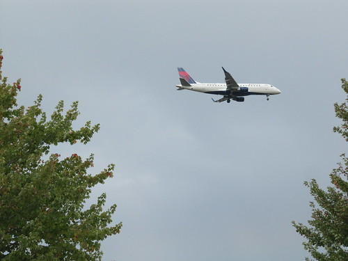 Delta Airplane over Nokomis