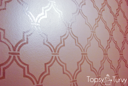 double-trellis-wall-stencil-high-gloss