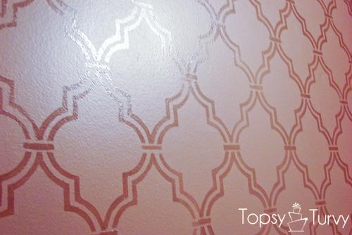 double-trellis-wall-stencil-high-gloss