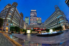 Cabot Square (Sean Batten) Tags: uk england london fountain fisheye docklands canarywharf hsbc hdr citi cabotsquare boisdale