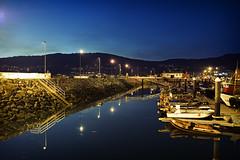 Reflejos del Otoo (F SoGel :-)) Tags: espaa puerto muelle mar barcos galicia cielo reflejo crepusculo pesca calma ocaso pontevedra bajamar meira morrazo moaa sambartolomeu