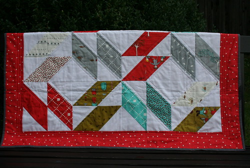 6257421245 6e4fbac799 The Little Apples Quilt