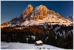 Saas de Putia - Dolomiti (fibru) Tags: autumn sunset snow alps rock alpes automne landscape europe neige paysage italie dolomites dolomiti coucherdesoleil montains roche montagnes italiy 2011 saasdeputia