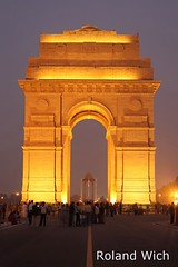 New Delhi - India Gate (Rolandito.) Tags: new blue india twilight gate dusk delhi hour dmmerung indien inde