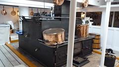 hms warrior below deck cooker (damiandude) Tags: array hmswarrior plymouthhistoricdockyard