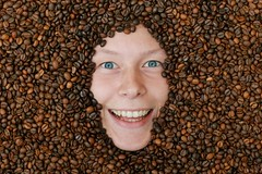 Coffee (.chourmo.) Tags: texture coffee face caff elisa volto