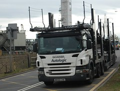 WX55 CXE Autologic Car Transporter Scania P 420, Brielle Way, Sheerness (Bud75) Tags: hgv cartransporter heavygoodsvehicle autologic scaniap420 semitrailertrucks wx55cxe