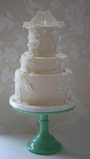 Lovebirds wedding cake by Cotton and Crumbs