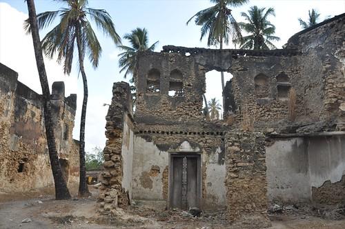 Kilwa Kivinjie ruins