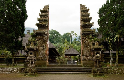 The Main Gate of Pura Batukaru