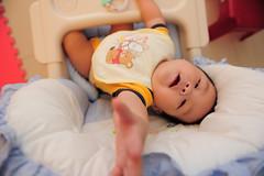DSC_3978.jpg (claptonchen) Tags: family boy baby home nikon funny child d700 friendlyflickr nikon2470mm